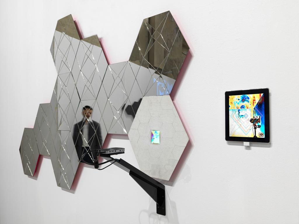 Mirror of introspection, Vincenzo Marsiglia
